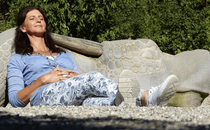 yoga sur tapis acupression